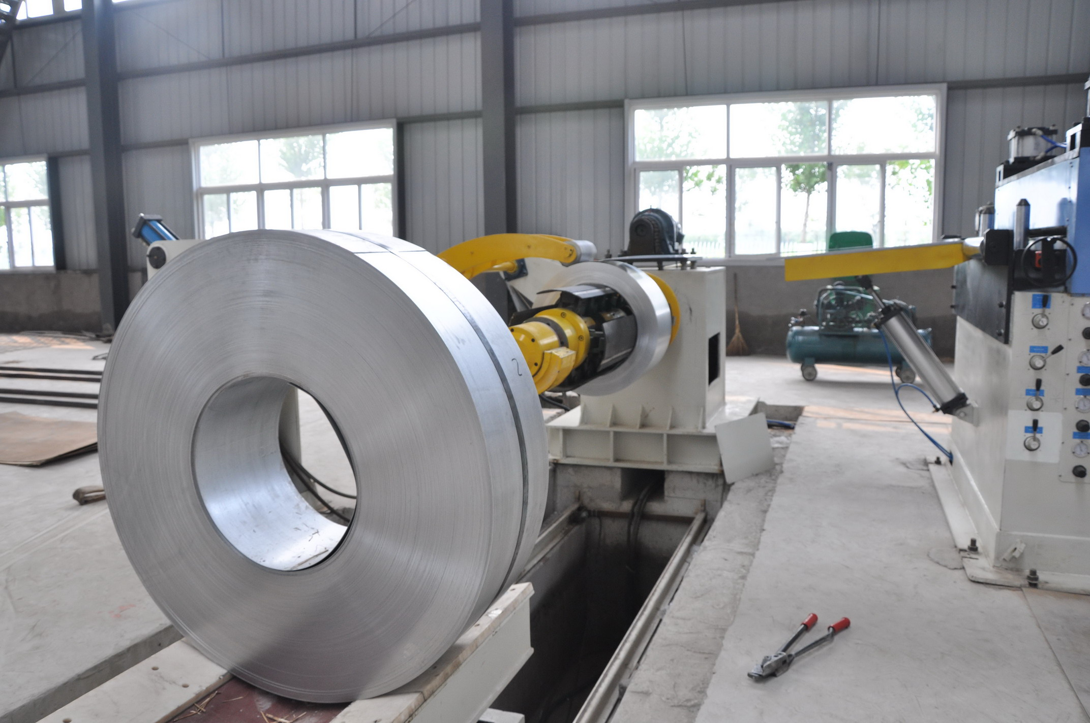 cutting to length and slitting process for coil
